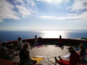 Yoga in lokaler Gruppe